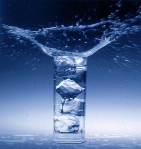 차가운얼음물.png